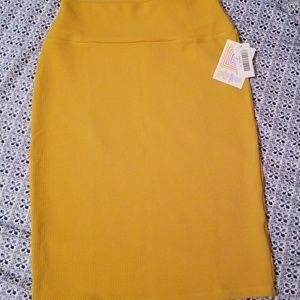 Mustard textured lualroe Cassie skirt